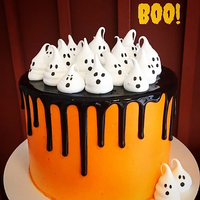 drip-cake-halloween-@guinlegourmet
