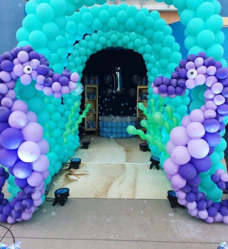 entrada-de-festa-com-baloes-fundo-do-mar