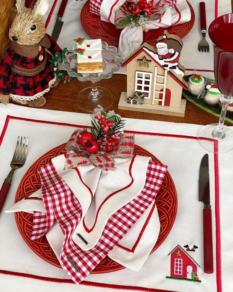 mesa posta decorada