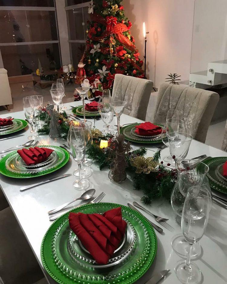 sala e mesa decorada