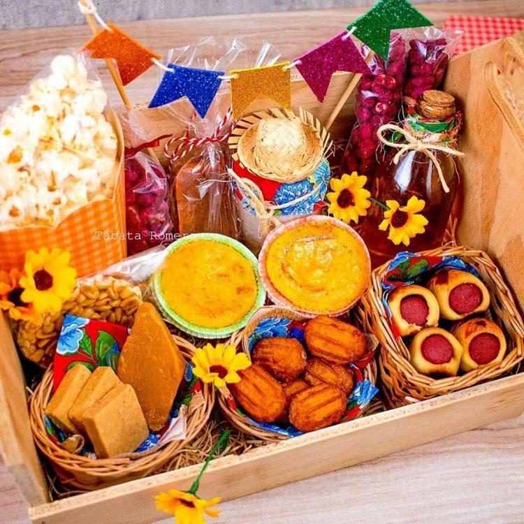 cesta-de-comidas-tipicas-juninas