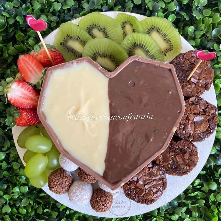 fondue-de-ninho-e-chocolate-para-o-dia-dos-namorados