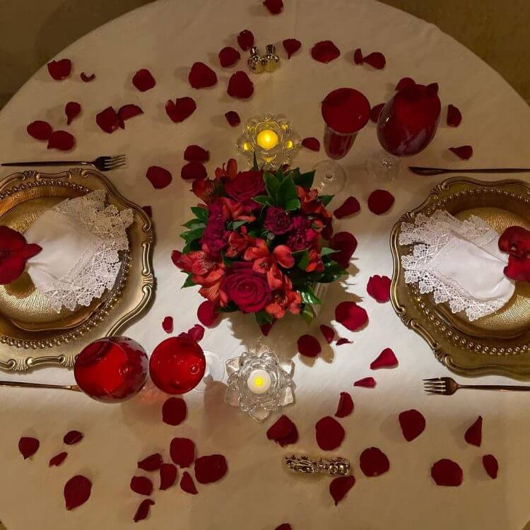 mesa-decorada-dia-dos-namorados