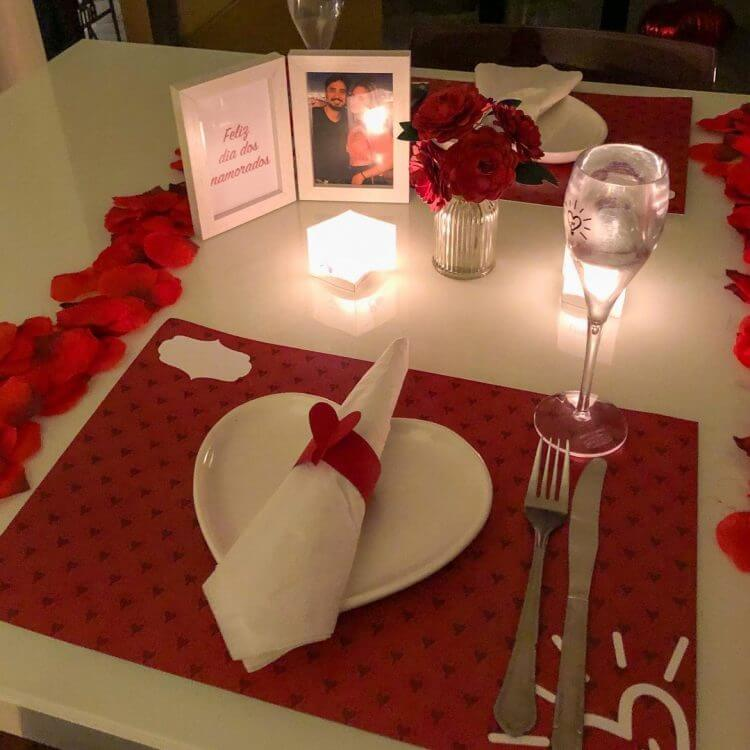 mesa-posta-dia-dos-namorados