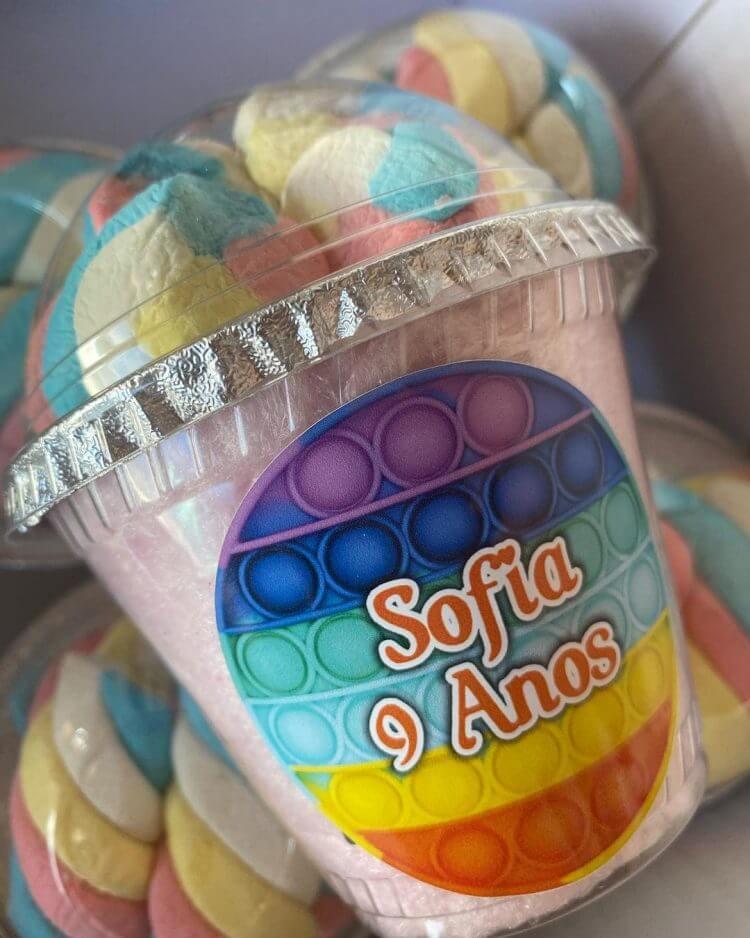 copo-de-doces-no-tema-fidget-toys