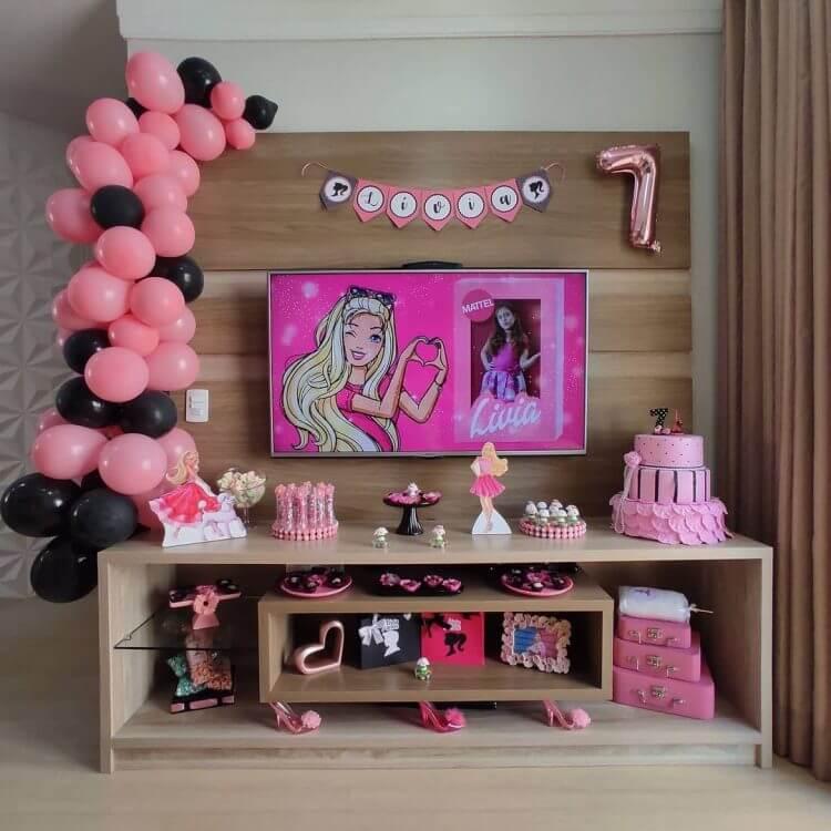 festa-em-casa-no-tema-barbie