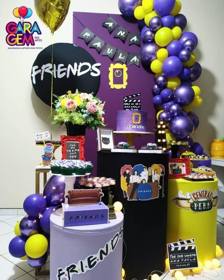 festa-em-casa-no-tema-friends@garagem.dasartes